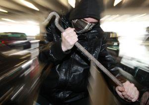 Ob Auto oder Wohnung: Niemand ist davor gefeit, Opfer von Einbrechern zu werden. Doch man kann sich wappnen. Foto: epd
