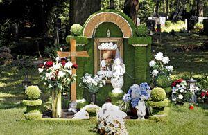 Auf dem Nürnberger Südfriedhof befindet sich dieses gepflegte Grab. Ist es bald eine Ausnahme? Foto: Michael Matejka