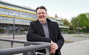 Bundestagsabgeordneter Michael Frieser könnte sich vorstellen, später einmal ins Sebastianspital zu ziehen. Foto: Michael Matejka