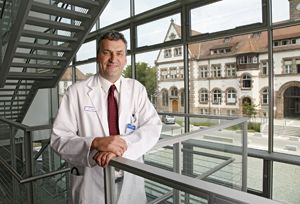 Dr. Markus Gosch leitet die Geratrie am Nürnberger Klinikum. Foto: Michael Matejka