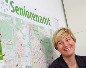 Anke Krieft berät in Erlangen SeniorInnen. Foto: Cindric