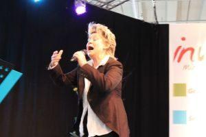 Chansonsängerin Gitte Henning bei ihrem Auftritt auf der inviva in Nürnberg. Foto: Rainer Büschel