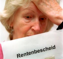 Was bleibt am Ende von der Rentenerhöhung übrig? Foto: epd-bild / Keystone