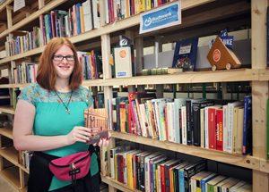 Hier zum Beispiel tun Bücher Gutes: bei der Lebenshilfe Nürnberg. Foto: Bogdan Itskovskiy