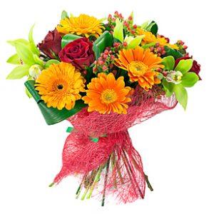 Der Blumenstrauß für die Mutter der Angebeteten war früher mal üblich.
